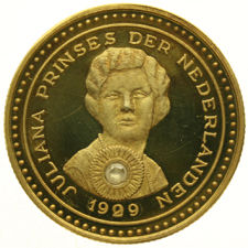 The Netherlands - Juliana coin 1909 - 1929 set with a diamond - gold