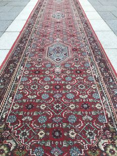 Beautiful, large Bidjar runner. 4 meters!
