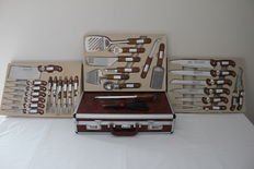 32 piece knife set in case - Bachmayr design
