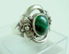 Silver 950 Ring with MALACHITE and Floral Moives