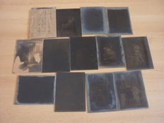 Batch of 14 glass photographic plates - People - dated 1918