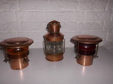 3 old copper ship's lamps, with glass in the colours yellow, white, and red, beautiful decorative item!