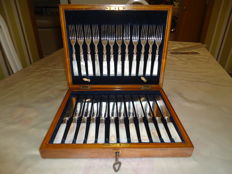 Cutlery case - antique - 24 piece ' patent 6152/12 ' mother of pearl finish