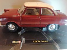 Revell - Scale 1/18 - DKW Junior - Red & Opel Manta 400 Homologation Car - White