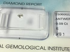 Diamond in brilliant cut, 0.09 ct, E VS 1, with IGI certificate, no reserve price