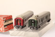 Märklin H0 - 346/3 / 346/4 - 2x express train carriages: sleeping and luggage carriage, made of tin (52656)