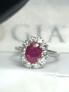 Natural Ruby 1.55ct - 18k white gold - 0.90ct diamonds - size 14 (can change to 9-18)