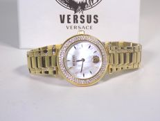 Versus by Versace Gold – Women's watch – In new condition – 22 – Year 2017