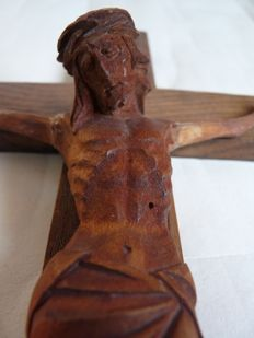 Crucifixes; Lot with 10 statues - 1920/1985