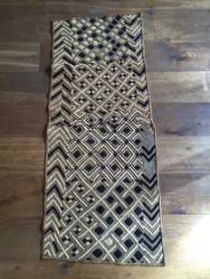Large traditional textile - SHOOWA - D.R of Congo