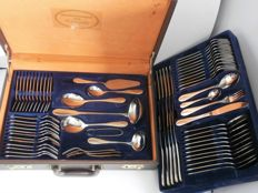 SBS Solingen - 12-person / 70 piece flatware in case
