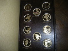 France - Binder of 31 medals 'History of the Conquest of the Air' - Gilded silver (Vermeil)