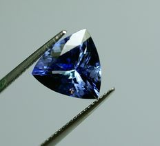 Tanzanite, blue-violet, 4.26 ct