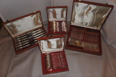 """60 pieces Cutlery """" Shell """" pattern 20th century."""