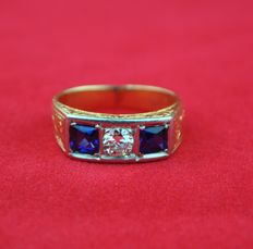 18K/750 Art Deco bi-colour gold ring set with diamond (0.40ct) & sapphire (0.80ct) E.U Size 51/ 52 (resizable)