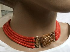 Wonderful Antique 100% genuine Mediterranean Red Coral Necklace with square gold clasp