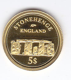 "Fiji Islands – 5 dollars 2006 ""Stonehenge"" gold."