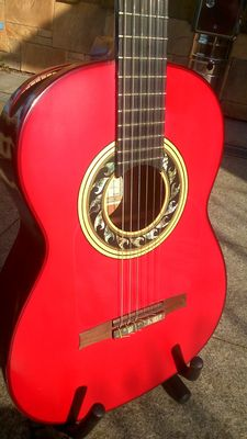 Flamenco guitar - brand Andalusian Guitars - model Santos Hernandez 1927, with Juan Carlos pick-up, incl. case