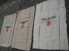 3 beautiful Army food bags of the Wehrmacht with the years 1942 and 1943 and 1944