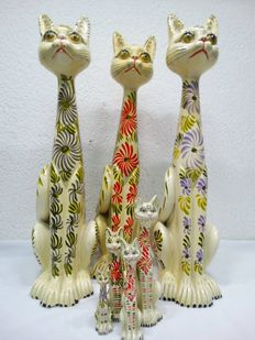 Lot of 7 Portuguese hand-painted good luck cats