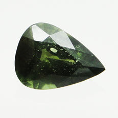 Green zircon - 3.30 ct  - No Reserve Price