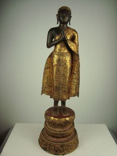 Large and heavy bronze figure of an attendant - Thailand - first half of the 20th century