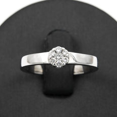 Solitaire ring with a diamond mounted on white gold - Ring size: 16 (SP).