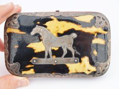 Turtle cigar case with silver mount of a horse - Netherlands - ca. 1860