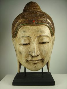 Large wooden head of Buddha - Thailand - 2nd half 20th century