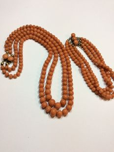 Antique coral set - necklace and bracelet