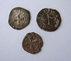 3 Crusader coins from the Crusades, these people were to believed the origin from the Freemasons.