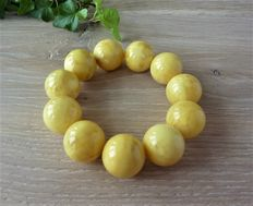 Baltic amber bracelet, opaque milk/ honey colour 63.74 gr