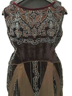 Beaded silk velvet evening dress, a museum item - hand-stitched and embroidered - Paris -1930s