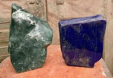 Two large pieces of polished Jade and Lapis Lazuli - 19 and 14.8 cm - 3.24 kg (2)