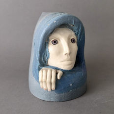 Els van Westerloo - glazed earthenware sculpture of a woman's head