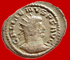 Roman Empire -  Gallienus (253-268) silver antoninianus ( 3,38 g , 24 mm) Antioch mint, 263-264 A.D. AETERNITATI AVG. Sol