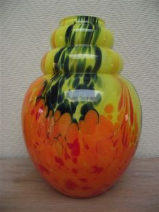 Scailmont - Art Deco vase in colourful glass