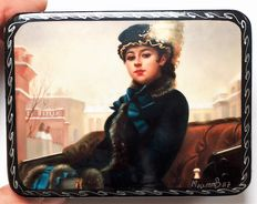 "Russian lacquer box ""Fedoskino"" - Russian Beauty 4 - Based on the Russian artist Kramskoy – ""Portrait of a stranger"""