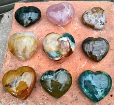 Interesting Lot of Mineral hearts - 6,8 to 7,9 cm - 2,39 kg  (9)