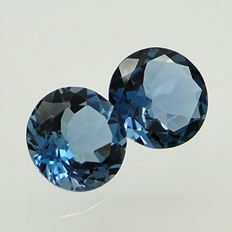 Lot of 2 London blue topazes, 9.25 ct (5.03 + 4.22 ct)