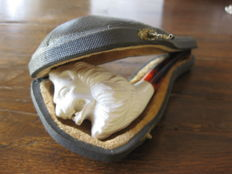Turkish meerschaum pipe with original case