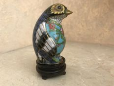 Bird 'Netsuke' in signed cloisonné – China – mid 20th Century