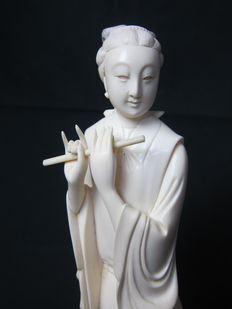 Ivory statue of Guan Yin – China – circa 1920–1930