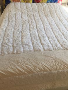 Double blanket faux fur with pillows