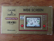 Nintendo Game & Watch - Parachute Boxed, complete with instructions and battery cover