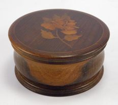 Antique wooden marquetry inlaid rose flower powder box - English - Early 20th century