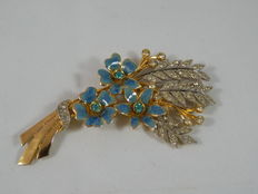 Coro – large brooch with enamels and coloured crystals