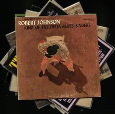 Lot of seven Blues albums - Includes great releases by Robert Johnson, Elmore James, Lightnin' Hopkins, Sonny Terry & Brownie McGhee, Big Bill Broonzy and Washboard Sam, Lonnie Johnson and Robert Pete Williams