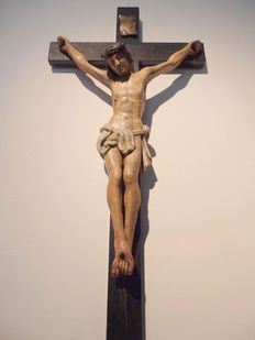 A Baroque style carved and polychrome wooden crucifix - Tirol - circa 1780