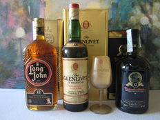 3 bottles - Glenlivet 12 years old with crystal glass - Bunnahabhain 12 years old - Long John 12 years old